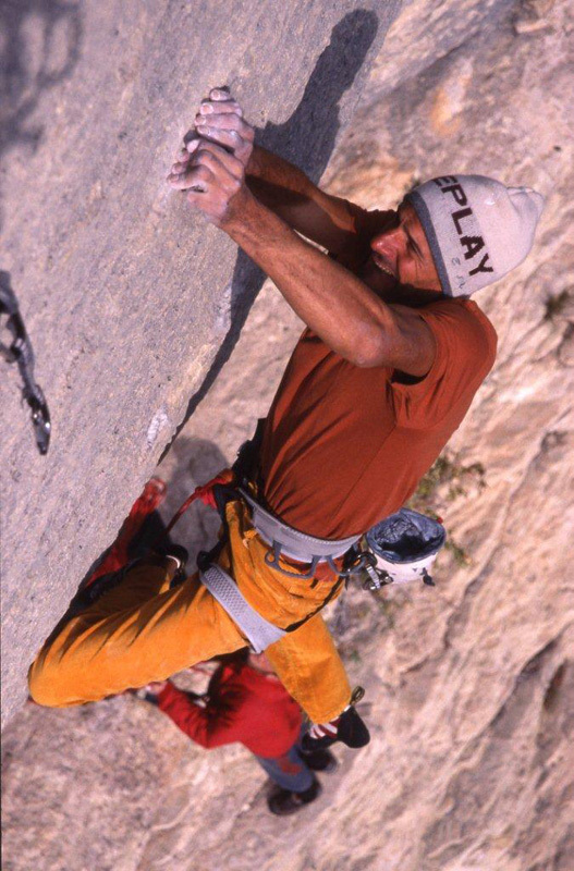 Alessandro Jolly Lamberti repeating Le Minimum 8c, Buoux, France., Alfredo Smargiassi