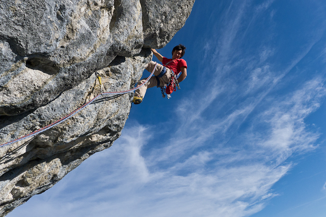 David Lama high on Donnervogel, Sonnwand, Austria, archivio Lama
