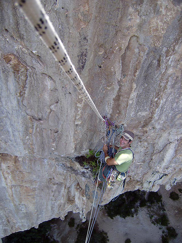 Day 2, the impressime abseil down the static ropes., Luca Giupponi