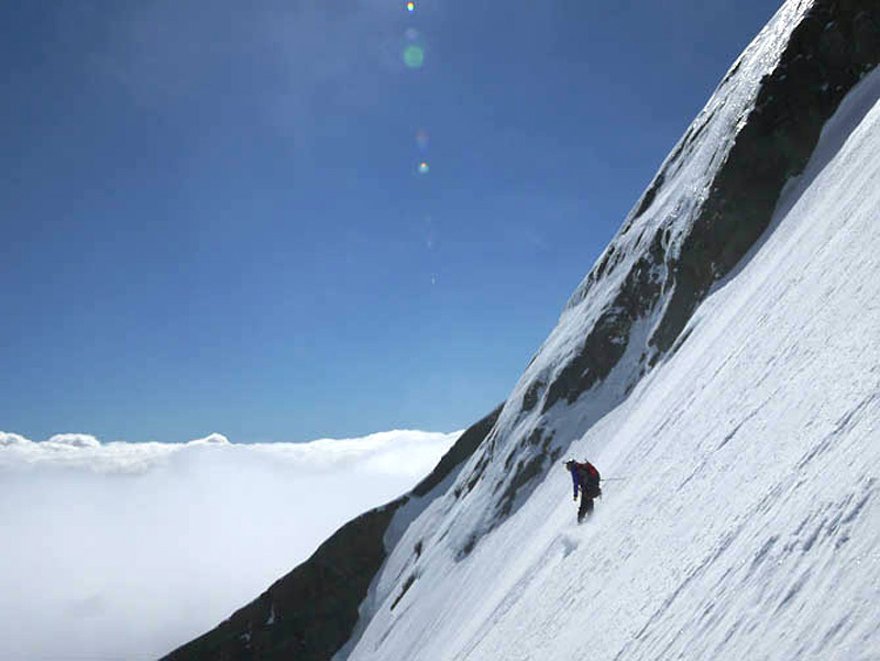 Extreme skiing on Mt Aspiring, New Zealand, Patrick Poletto