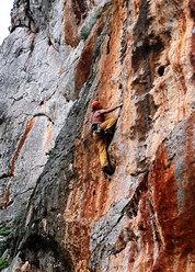 Nicola Noè in arrampicata a Salinella - San Vito Lo Capo, Sicilia