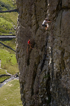 Johnny Dawes on-sight during the first ascent of his new route The Bolton Wanderer E7, Llanberis Pass, Wales