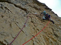 Blow it up on the internet (200m, 7b+, Chris Kalous, Jonathan Thesenga 11/2011) Monte Monaco, Sicilia