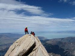 Aguja Poincenot, Patagonia. Dalla vetta, panorama verso il Lago Viedma