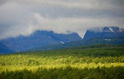 Lo sguardo scorrerà verso l'orizzonte, laggiù dove la cima del Kebnekaise fa capolino...