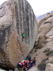 Alex Honnold going for the send of Too Big to Flail, Buttermilks, Bishop USA