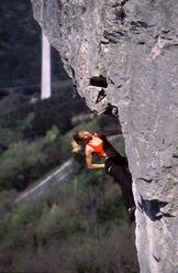 Natalija Gros in arrampicata a Crni Kal, Slovenia
