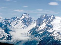 Il Waddington Range da sudest