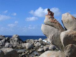 Se potete e vi piace veramente scalare andate a cercarli tra le rocce, il mare e molto altro può essere un'occasione...