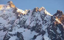 The line of Pente a Remy 5.2 E3, Mont Rochefort, Mont Blanc, first skied on 13/02/2012 by Davide Capozzi and Stefano Bigio.