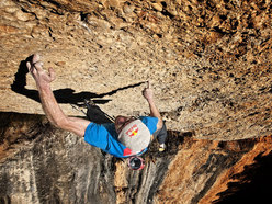 Iker Pou freeing Nit de bruixes 9a+ at Margalef, Spain