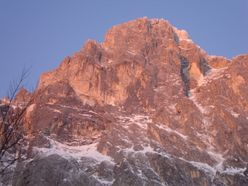 From 14 - 16/03/2012 Andrea Di Donato and Bertrand Lamaire carried out a winter ascent of Il nagual e la farfalla on the Gran Sasso.