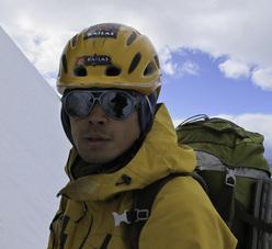 Piolets d'Or 2012: Yong Liu (Jury member)