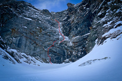 The crux section of Badlands (700m, 6a M5 WI4 A1), Valsertal, Tyrol, Austria established on 31/03/2012 by David Lama.