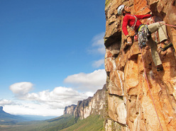 Miss Acopan (7b, 250m), new route in Venezuela by Luka Krajnc and Matic Obid