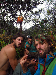 Nicolas Favresse, Sean Villanueva, Stephane Hanssens and Jean-Louis Wertz  feeling wild on top of Amuri Tepuy.