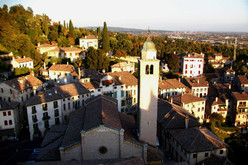 The beautiful town Asolo, the starting point for the  Zero-3000 Extreme Race.