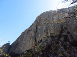 The route line of Sintomi Strani up the north face of Punta Malanda, Bavella, Corsica established by Matteo Della Bordella and David Baci.