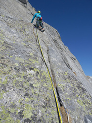 Andrea Guerzoni and Dario Sandrini on Dottor Gore-Tex e Mr. Pile on Cornetto di Salarno, Adamello