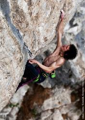 Adam Ondra su Botulin 8c+ a Kotecnik, Slovenia