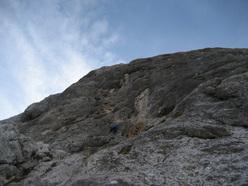 Genau, Dolomiti di Brenta (400m, VIII, Luca Cornella, Roberto Pedrotti, 2009 & 2011).