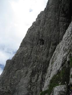Genau, Brenta Dolomites (400m, VIII, Luca Cornella, Roberto Pedrotti, 2009 & 2011).