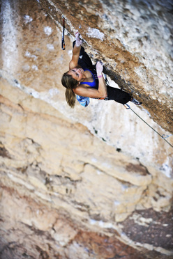 Sasha DiGiulian, Era Bella 9a, Margalef, Spain