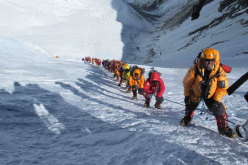 2012: the crowd climbing up Everest...