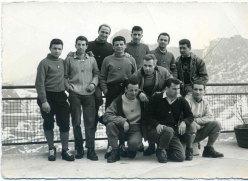 Foto di gruppo, tra gli altri Casimiro Ferrari e Rinaldo Amigoni