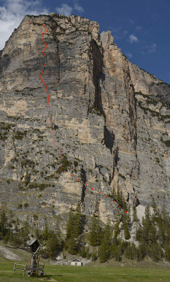 Gratta e Vinci, a new climb in the Dolomites freed by Christoph Hainz and Simon Kehrer on 14/05/2012