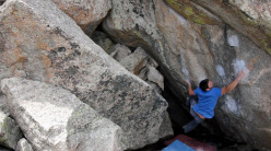 Jon Glassberg sul boulder The Great War for Civilisation V13 a Mt. Evans, Colorado, USA