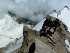 Cresta del Soldato alla P.ta Giordani e Piramide Vincent: attraversando il ghiacciaio del Bors in direzione della base della Cresta del Soldato