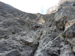 Sulla via Scherzi d'Estate, parete Sud Est Sass Maor