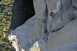 Alex Honnold during the speed record ascent of the The Nose (Yosemite)