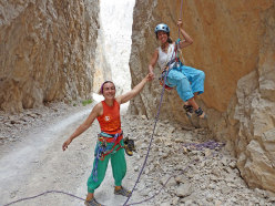 Cecilia Marchi and Zeynep Tantekin after the first repeat of Koca Firat, warmed by the +30°C temps.