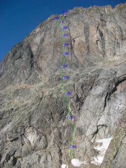 Mont Greuvettaz, Mont Blanc range: Centocinquanta (6a+ - 6a obbl. 460m, Marco Farina, Francois Cazzanelli 08/2011)