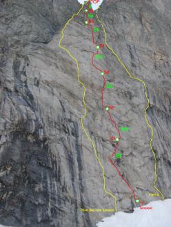 Mont Greuvettaz, gruppo del Monte Bianco: Tempest (6c+, 6b obbl. 270m, Marco Farina, Francois Cazzanelli, Rémy Maquignaz 08/2012).