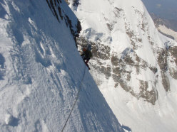 Climbing along the Scerscen - Bernina traverse