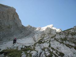 Le placconate di Vacanze romane (2070m, 43 tiri, EX-) parete Nord Monte Camicia (Gran Sasso).