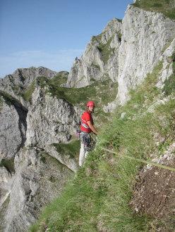 Sul traverso Marsili di Vacanze romane (2070m, 43 tiri, EX-) parete Nord Monte Camicia (Gran Sasso).