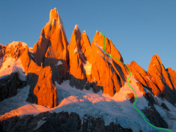 Cerro Torre, Torre Egger and Cerro Standhardt (2730m) and the Exocet route climbed in winter by Stephan Siegrist, Ralf Weber and Thomas Senf from 30/7/2012 to 03/08/2012.