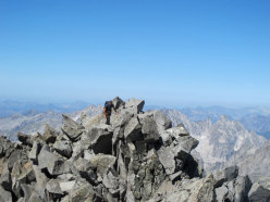 Andrea Salvetti on the summit of Monte Pioda (10:30 am)