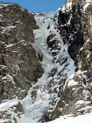 Cascata Sinuosa (Piemonte)