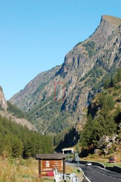 Fuga dal Guado (6c, 90m, Marco Dellanoce e Simon Grosjean, 08/2012) Torre di Vincenzo, Valle di Cogne.