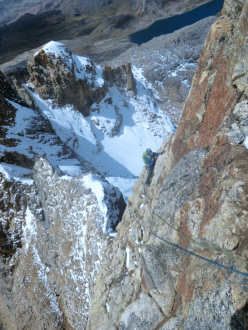 Poco Loco, Puscanturpa Este (5410m), Peru. Bas van der Smeede, Elly van der Plas, Bas Visscher, Vincent van Beek e Saskia van der Smeede 08/2012