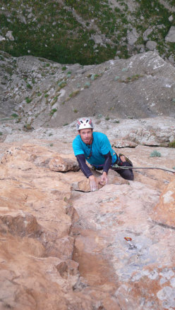 Luca Giupponi climbing Radio Eksen, Cimbar Valley