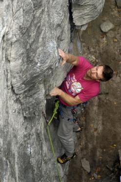 Giorgio Emanuel climbing at San Leonardo