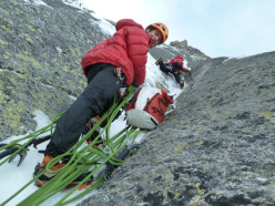 Jonathan Griffith e Corrado Pesce su Full love... for dry and ice (V, 5+,M6 R, 500m)