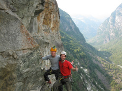09/2012: Stephan Isensee and Thomas Wolf on their route Saga di Valle Bavona (7c+/8a, 205m).