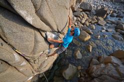 Andrea Mannias climbing Poseidon (7a)